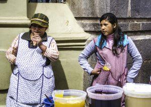 (H13N) Centrales obreras presentan panorama laboral en los dos gobiernos de Santos